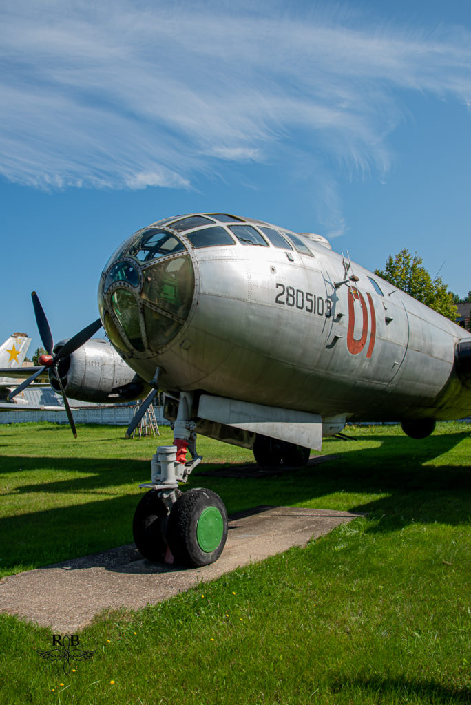 Tu-4 la copie soviétique du B-29